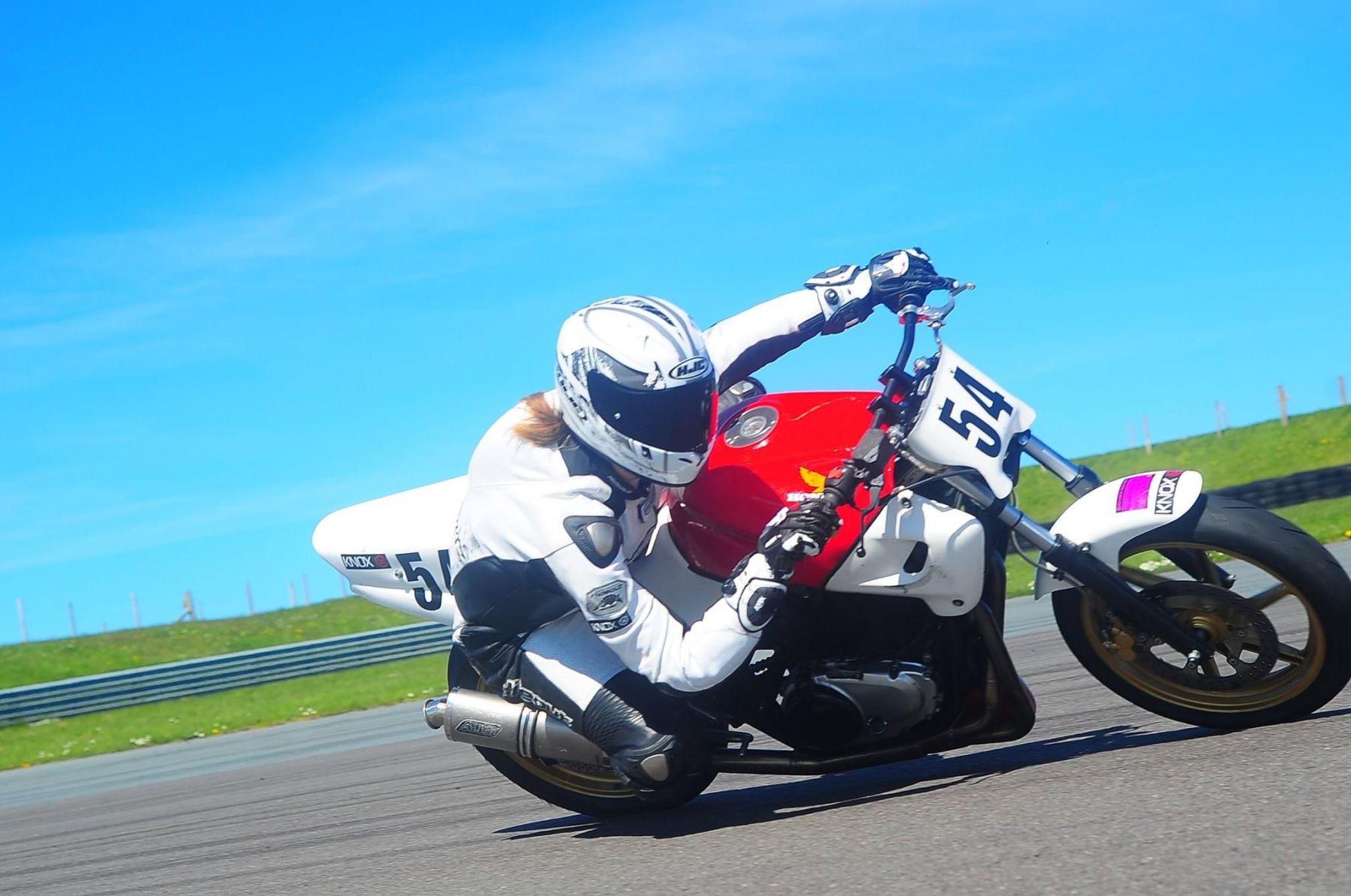"Honda CB500 <p> A16 Plain Titanium Race Exhaust with Traditional Spout</p><br /><br /><a href=""https://a16roadnracesupplies.co.uk/product/a16-honda-exhausts/"">Buy now!</a>"