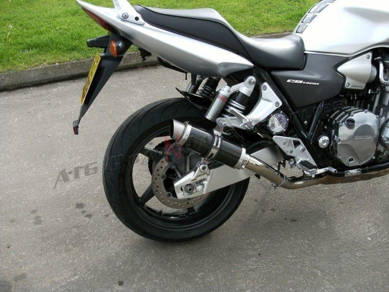 "Honda CB1300 2003-2006 <p>A16 Moto GP Carbon Exhaust with Titanium Type Slashcut Outlet</p><br><br><a href=""https://a16roadnracesupplies.co.uk/product/a16-honda-exhausts/"">Buy now!</a>"