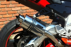 "Aprilia RSV 1000 Mille  1998-2004<p>A16 Stubby Stainless Exhaust with Slashcut Outlet</p><br /><br /><a href=""https://a16roadnracesupplies.co.uk/product/a16-aprilia-exhausts/"">Buy now!</a>"
