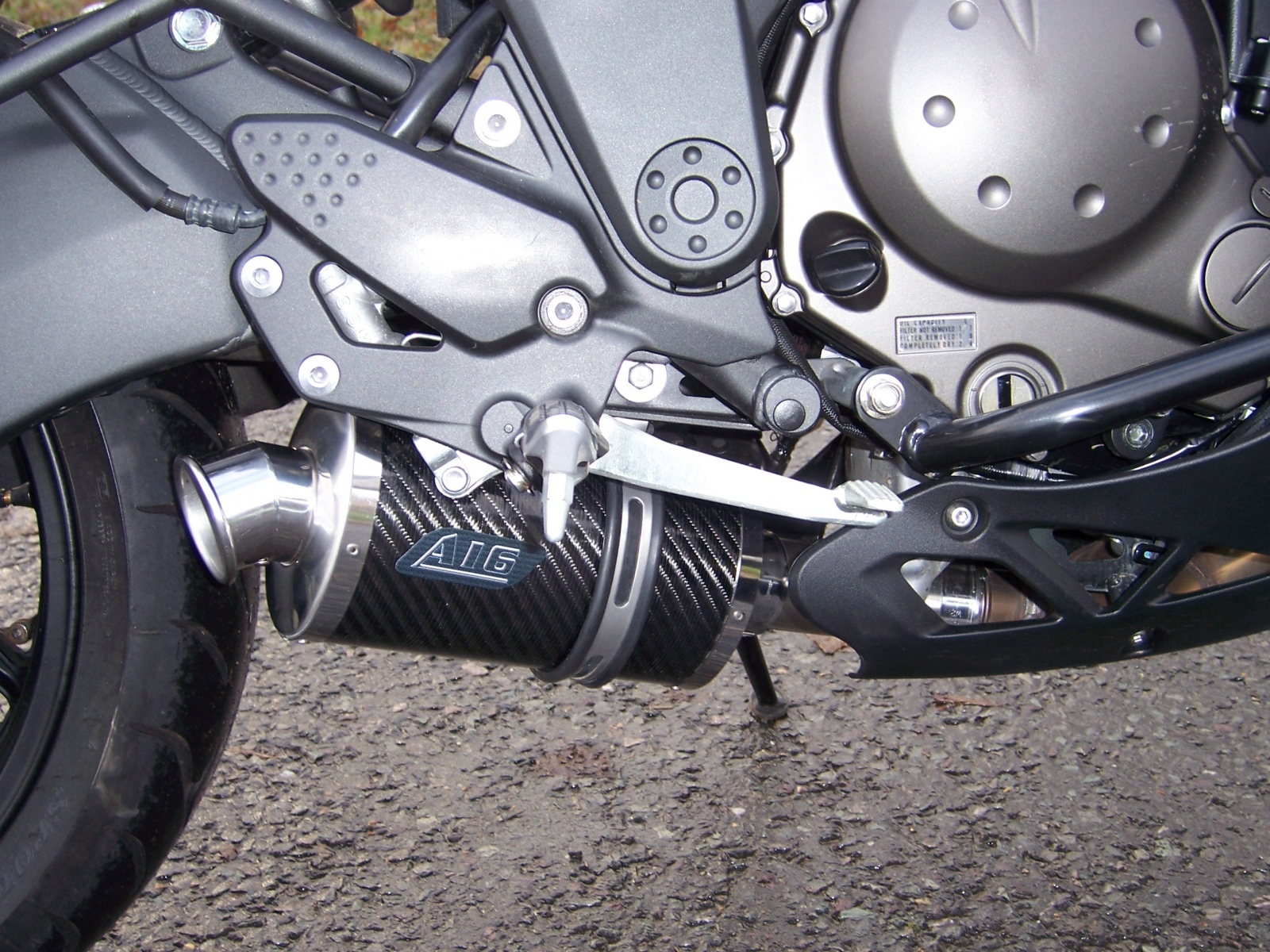 """Kawasaki ER6 650 Versy S N 2006-2008<p>A16 Stubby Carbon Exhaust with Polished Traditional Spout</p><br><a href=""""https://a16roadnracesupplies.co.uk/product/a16-kawasaki-exhausts/"""">Click here to Spec your A16 Kawasaki Exhaust now!</a>"""