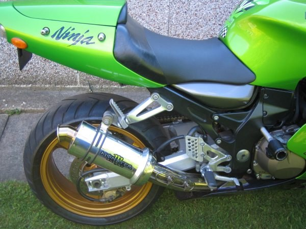 """Kawasaki ZX12R 1999-2005<p>A16 Stubby Stainless Exhaust with Polished Traditional Spout</p><br><a href=""""https://a16roadnracesupplies.co.uk/product/a16-kawasaki-exhausts/"""">Click here to Spec your A16 Kawasaki Exhaust now!</a>"""