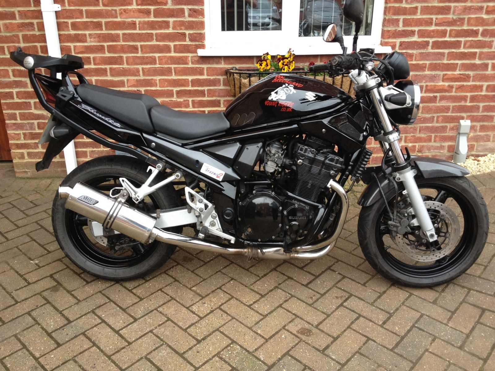 """Suzuki GSF 1200 Bandit <p>A16 Road Legal Stainless Exhaust with Traditional Spout</p><br /><a href=""""https://a16roadnracesupplies.co.uk/product/a16-suzuki-exhausts/"""">Buy now!</a>"""