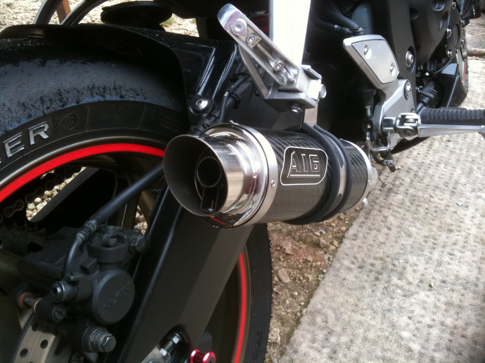 """Yamaha FZ1 2006-2016<p>A16 Carbon Moto GP Exhaust with Polished Slashcut Outlet</p><p></p><br /><a href=""""https://a16roadnracesupplies.co.uk/product/a16-yamaha-exhausts/"""">Buy now!</a>"""
