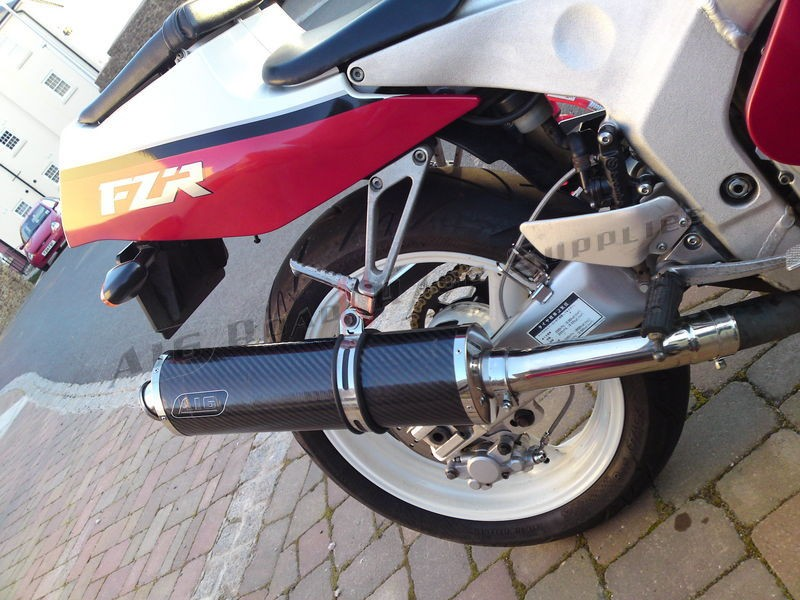 """Yamaha FZR 400<p>A16 Road Legal Carbon Exhaust with Traditional Spout</p><br /><br /><a href=""""https://a16roadnracesupplies.co.uk/product/a16-yamaha-exhausts/"""">Buy now!</a>"""