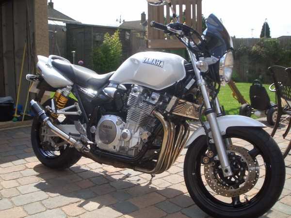 """Yamaha XJR 1200 All Years, XJR 1300 upto 2003 <p>A16 Carbon Moto GP Exhausts with Polished Slashcut Outlets</p><br /><br /><a href=""""https://a16roadnracesupplies.co.uk/product/a16-yamaha-exhausts/"""">Buy now!</a>"""