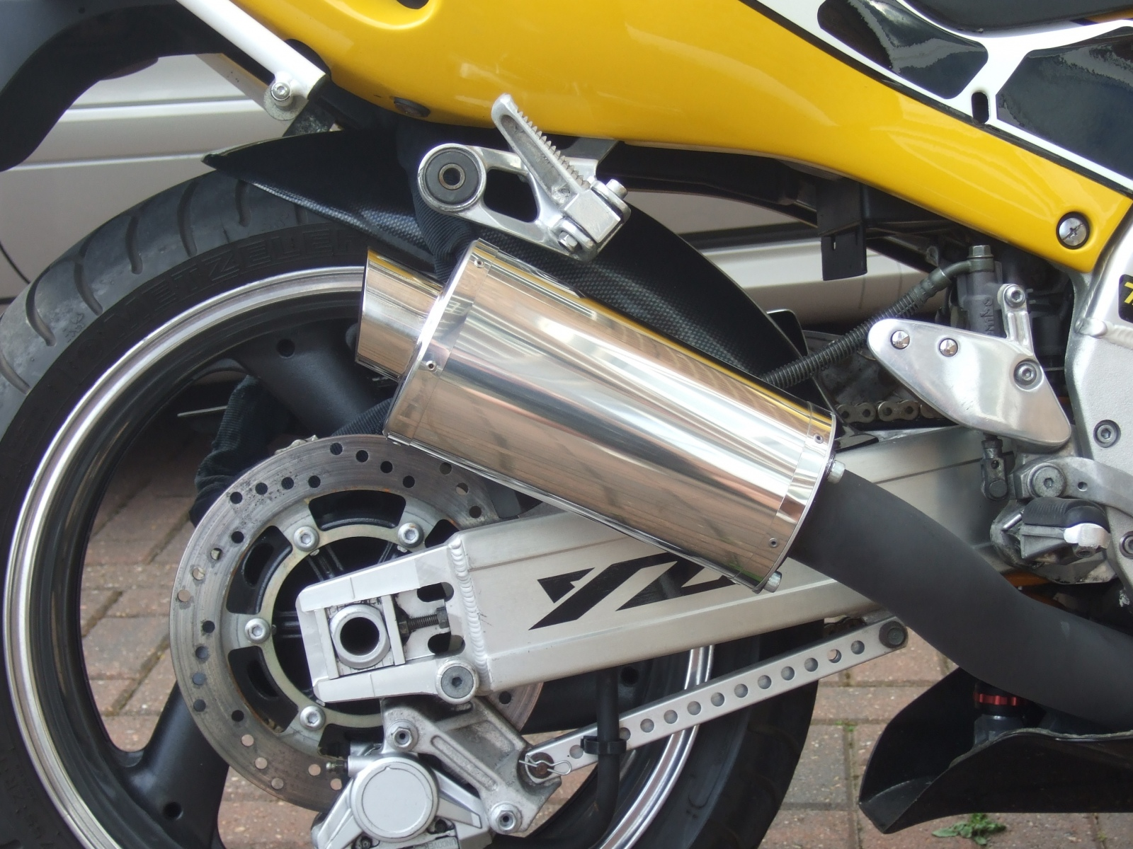 """Yamaha YZF 1000 Thunderace 1996-2003<p>A16 Stainless Stubby Exhaust with Slashcut Outlet</p><p/><br/><a href=""""https://a16roadnracesupplies.co.uk/product/a16-yamaha-exhausts/"""">Buy now!</a>"""