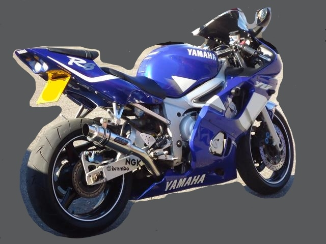 """Yamaha YZF R6 1998-2002<p>A16 Moto GP Stainless Exhaust with Polished Slashcut Outlet</p><p/><br/><a href=""""https://a16roadnracesupplies.co.uk/product/a16-yamaha-exhausts/"""">Buy now!</a>"""