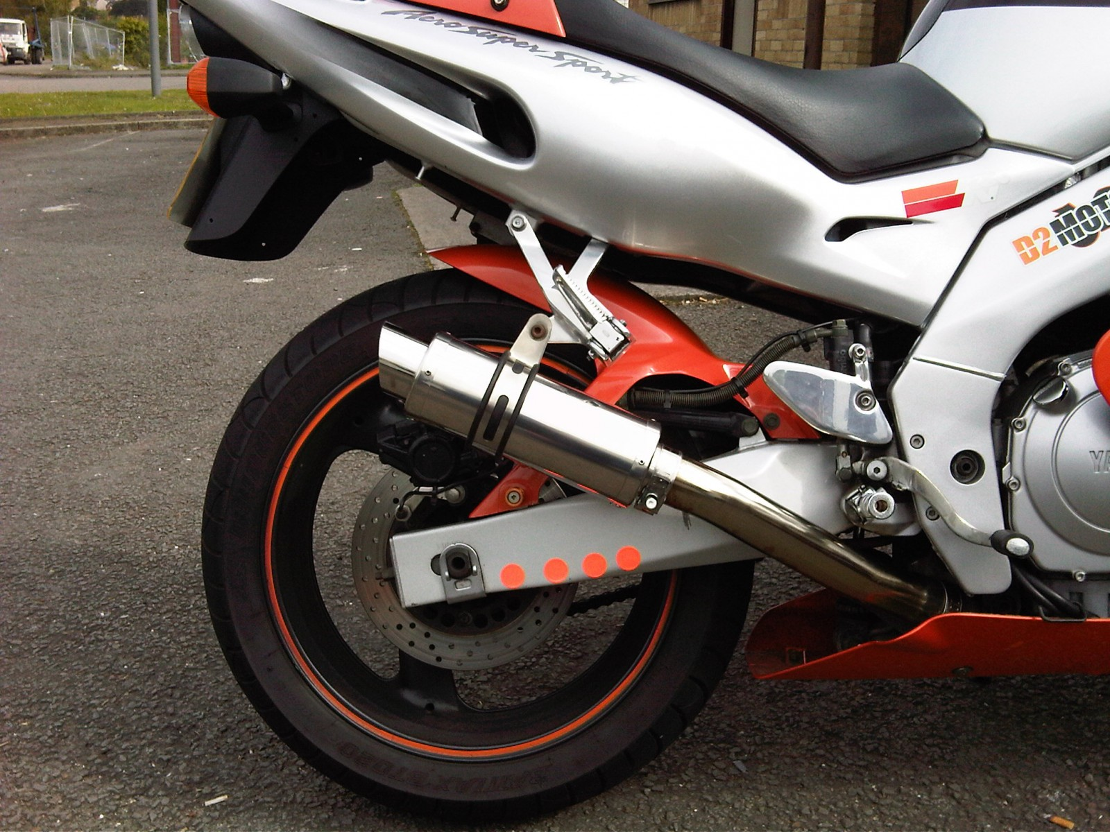 """Yamaha  YZF 600 Thundercat <p>A16 Moto GP Stainless Exhaust with Polished Slashcut Outlet</p><br/><a href=""""https://a16roadnracesupplies.co.uk/product/a16-yamaha-exhausts/"""">Buy now!</a>"""